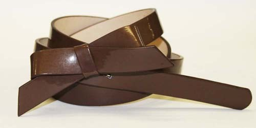 .75 Inch Brown Skinny Bow Belt for Women in Medium
