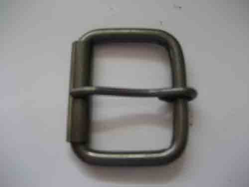 BU-300S IS A RECTANGULAR PRONG ROLLER BUCKLE IN BRUSHED SILVER